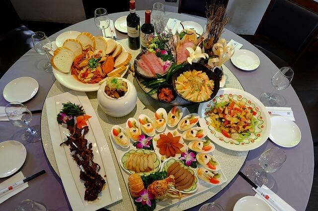 Image d'un repas complet de qualité